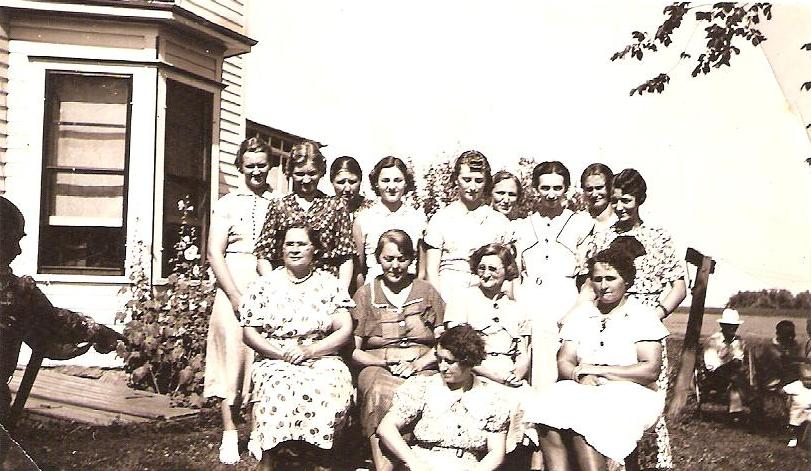 Young Women at Mike and Lizzie Lindemann 50th anniversary